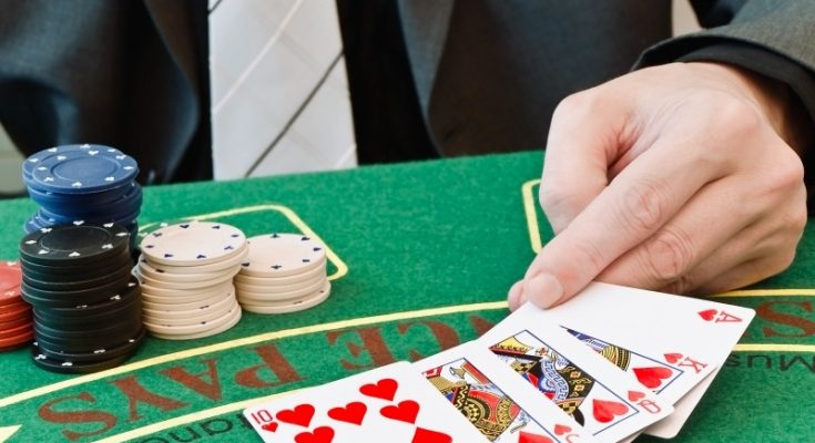 Capitalizing The Online Poker Space Boom As A Casino Poker Associate Casino Online Recensione
